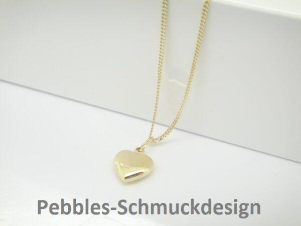 Tiny Heart.. zartes Herz an zarter 333er Goldkette
