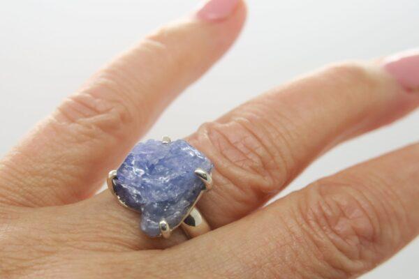 Tansanit..edler Silberring 925 mit blauem Rohstein