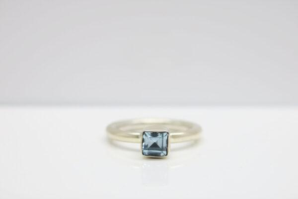 Pur!!! Ring mit leuchtendem Topas in 925 Silber