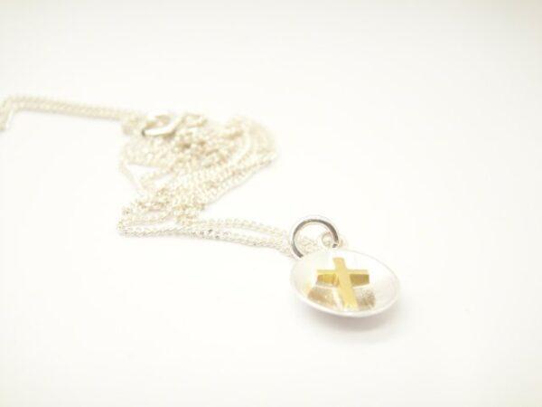 Tiny cross..zartes Kettchen mit Kreuz 925 Silber